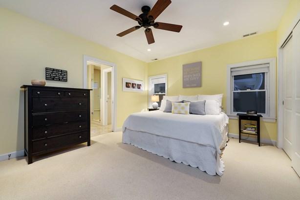 1st Floor Master Bedroom (photo 4)