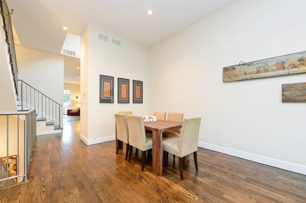 Walnut Stain Hardwood Floors Throughout Main Level (photo 4)