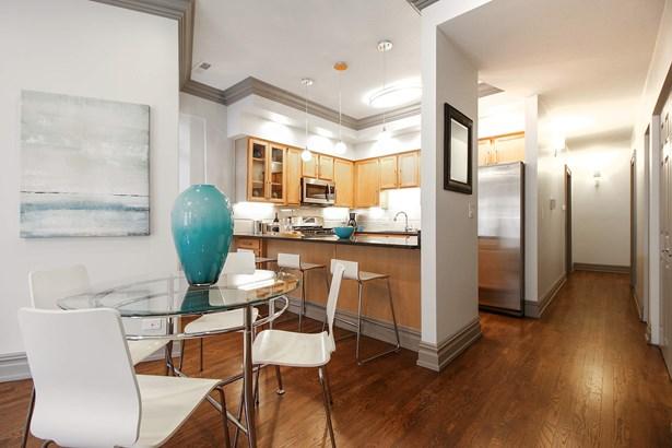 Kitchen / Dining Room (photo 5)
