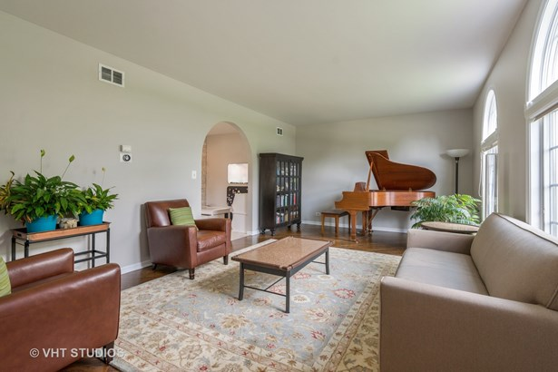 1801 N Dover Court, Arlington Heights, IL - USA (photo 4)
