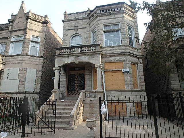 3836 W Gladys Avenue, Chicago, IL - USA (photo 1)