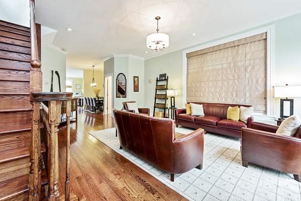 Living Room/Foyer (photo 3)