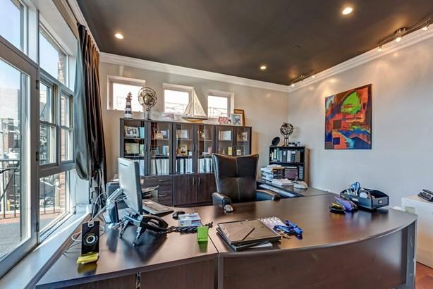 Office (photo 5)