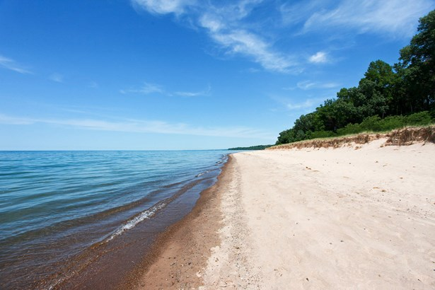 Lake View (photo 2)