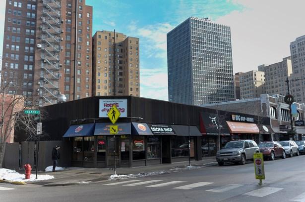 2435-47 N Clark Street, Chicago, IL - USA (photo 1)