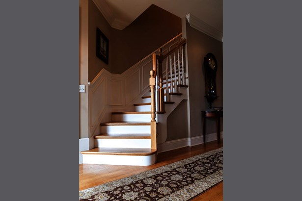 Exquisite millwork throughout this elegant home. (photo 2)