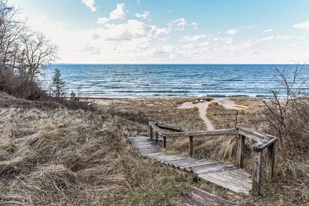 Crest Drive / Ridge Drive Beach Access (photo 4)