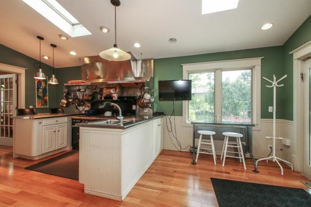 2631 E Lakeshore Dr, Twin Lakes, WI - USA (photo 5)