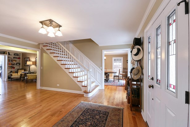 Foyer/Dining Room (photo 5)