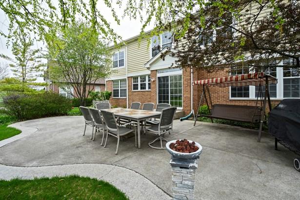 1600 Cypress Pointe Drive, Vernon Hills, IL - USA (photo 3)