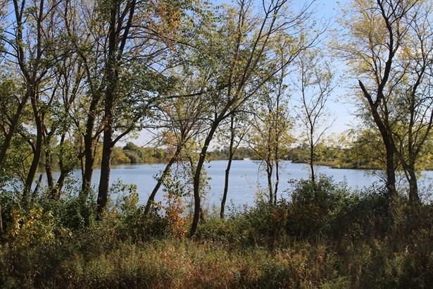 White Lake (photo 4)
