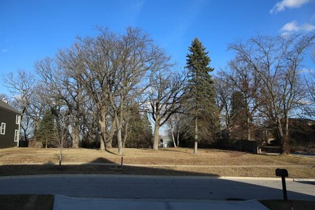 6617 Carl Court, Woodridge, IL - USA (photo 1)
