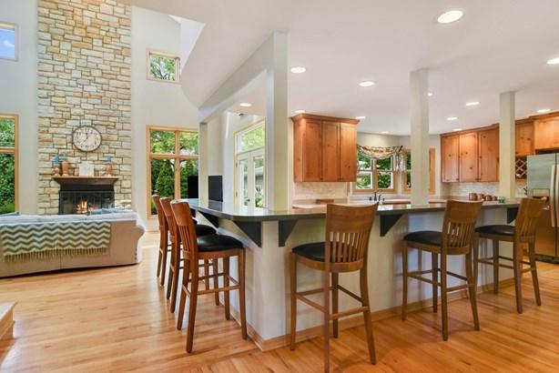 Family Room / Kitchen (photo 3)