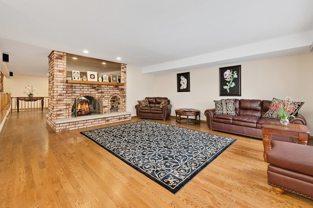 604 Claire Lane, Prospect Heights, IL - USA (photo 3)