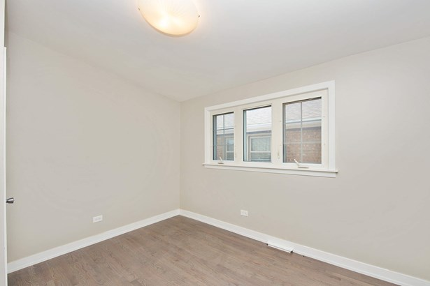 2nd Bedroom (photo 5)