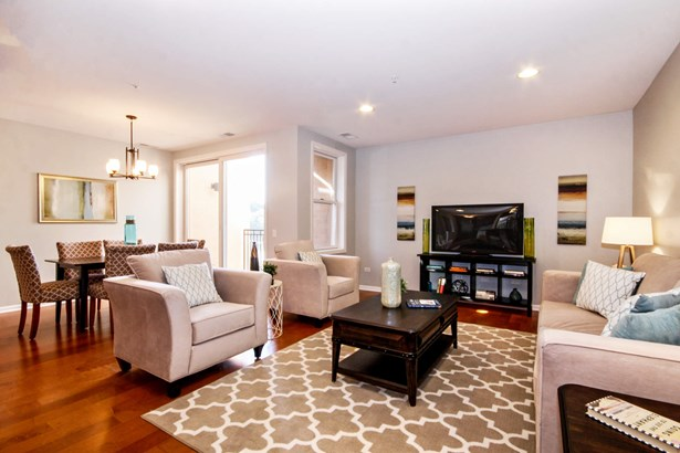 Living Room / Dining Room (photo 4)