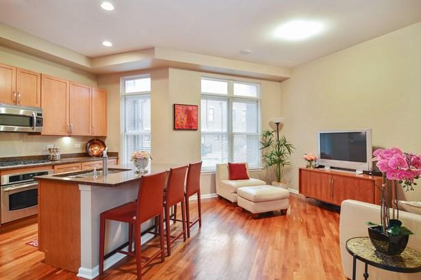 Family Room / Kitchen (photo 4)