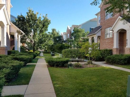 6137 Mayfair Street, Morton Grove, IL - USA (photo 3)