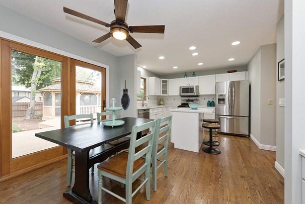 Kitchen / Eating area (photo 4)