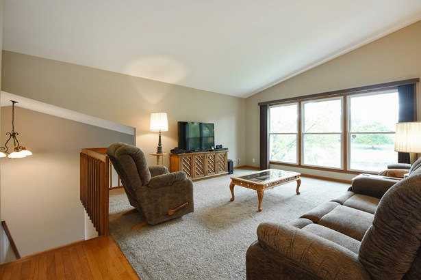 Sun Drenched Living Room (photo 3)