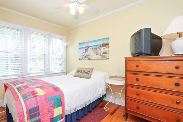 Bedroom 1 (photo 5)