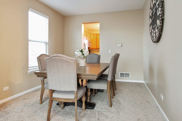 Gorgeous Dining Room (photo 4)