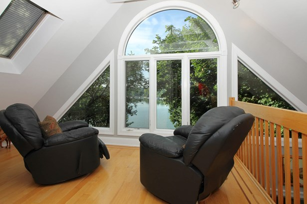 Sitting Room (photo 5)