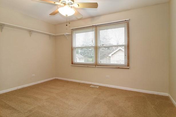2nd Bedroom (photo 4)