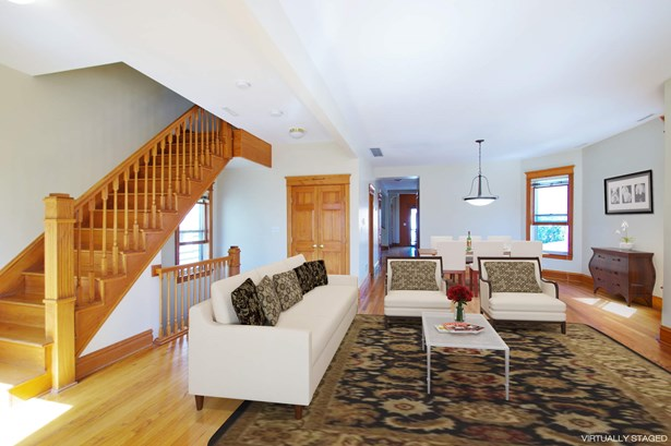 Duplex Living room/Dining room (photo 4)