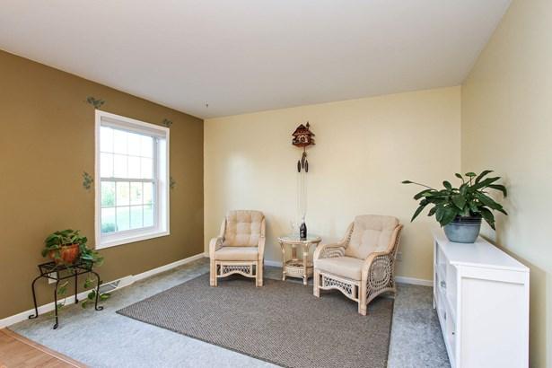 Sitting Room (photo 4)