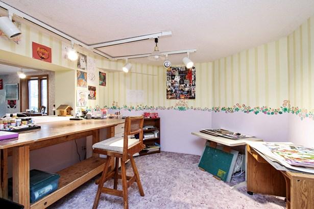 Studio (photo 5)
