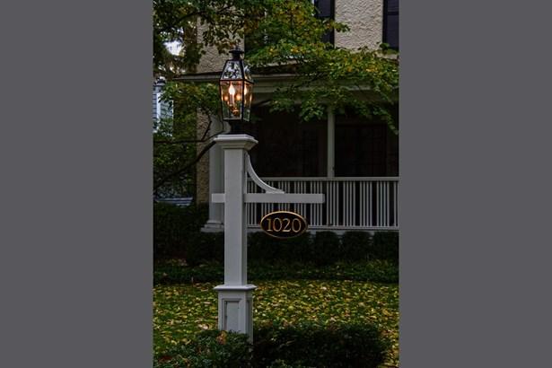 1020 Ashland Avenue, Wilmette, IL - USA (photo 2)