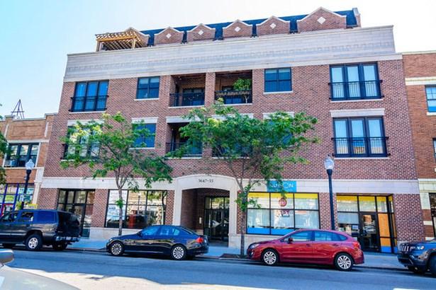 5647 N Clark Street 301, Chicago, IL - USA (photo 1)