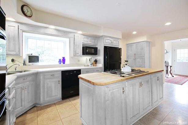 Island Kitchen (photo 4)