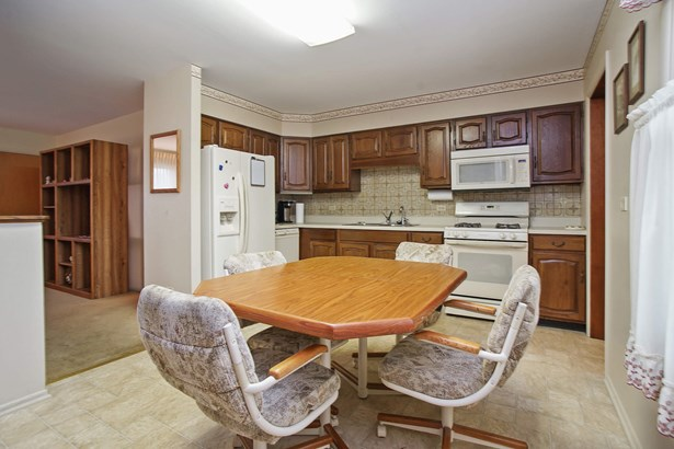 Kitchen Open to Living Room (photo 4)