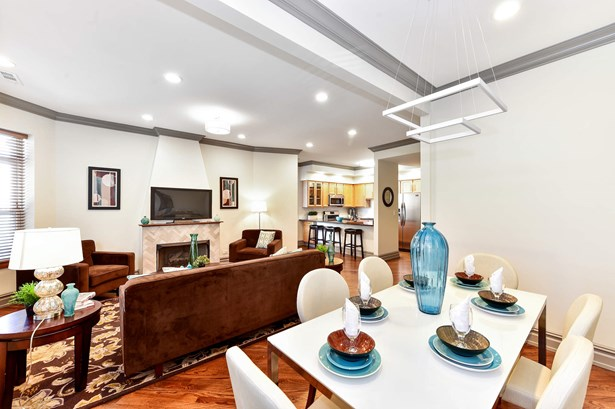 Living Room/Dining Room (photo 1)