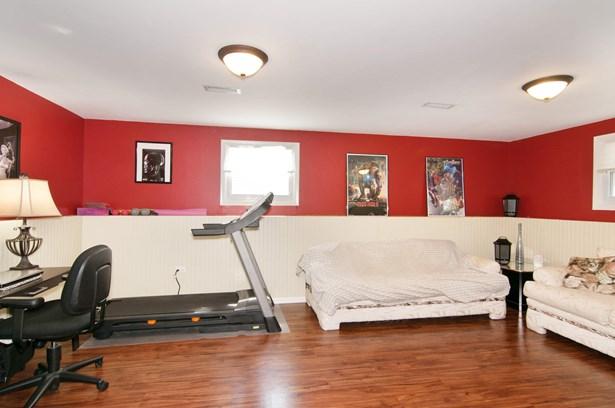 Recreational Room (photo 5)