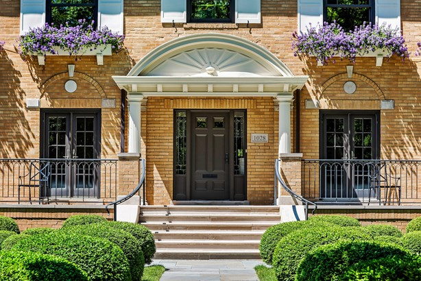 1028 Chestnut Avenue, Wilmette, IL - USA (photo 2)