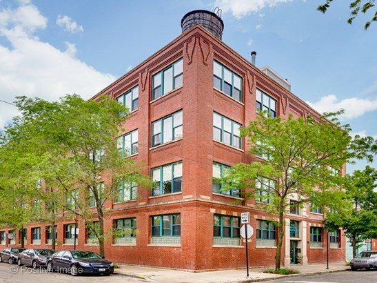 835 N Wood Street 401, Chicago, IL - USA (photo 1)