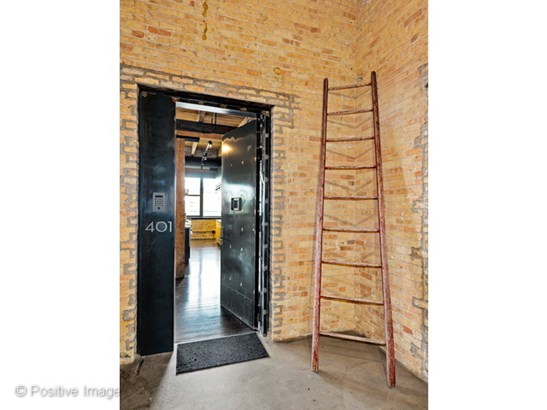 835 N Wood Street 401, Chicago, IL - USA (photo 2)