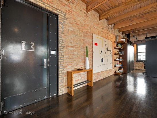 835 N Wood Street 401, Chicago, IL - USA (photo 4)
