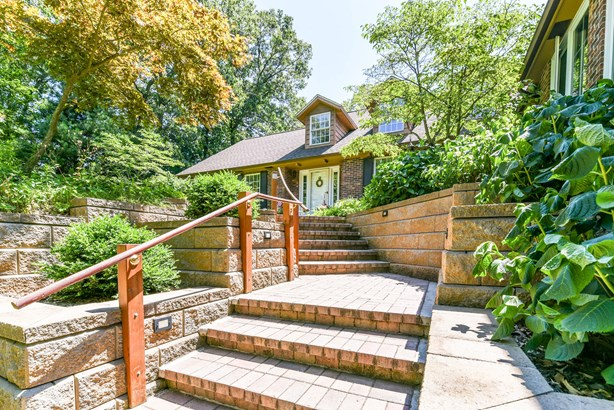 Front Stairs (photo 3)