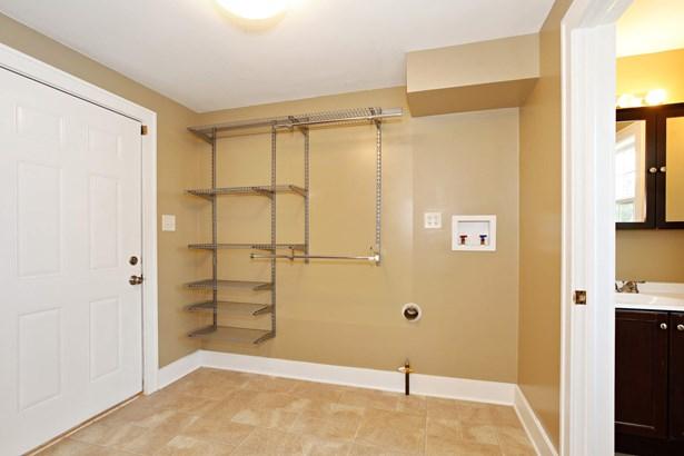 Mudroom, Laundry Room & Guest Bathroom (photo 5)