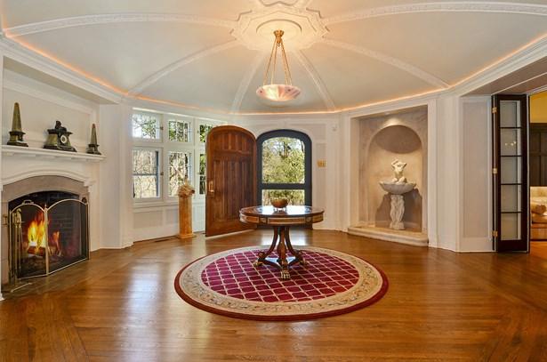Foyer/Reception Room (photo 3)