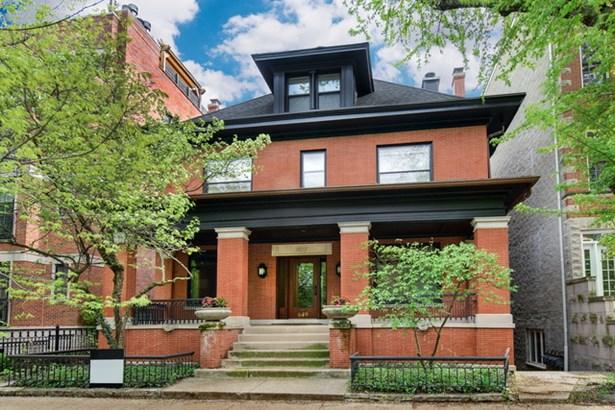 649 W Wellington Avenue, Chicago, IL - USA (photo 1)