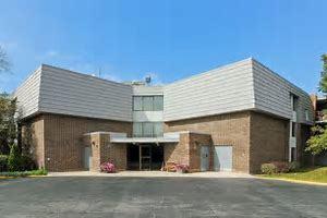 924 S Lake Court 303, Westmont, IL - USA (photo 1)