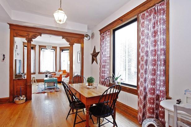 Unit 1 Living Room / Dining Room (photo 3)