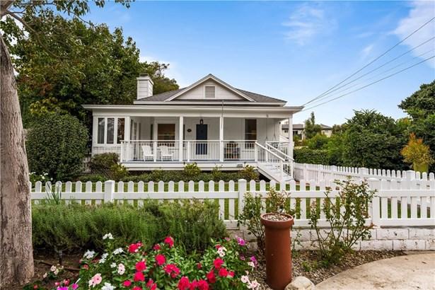 Single Family Residence - Tustin, CA