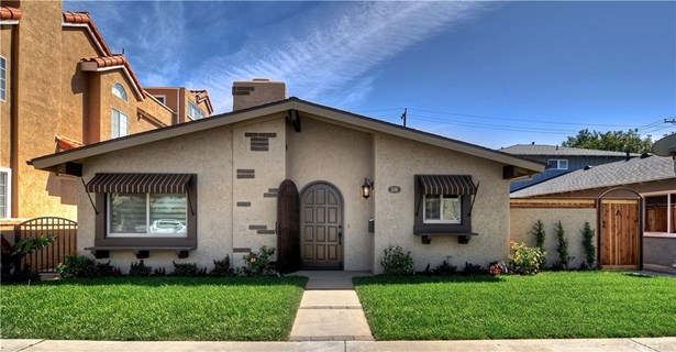 Cottage, Apartment - Huntington Beach, CA