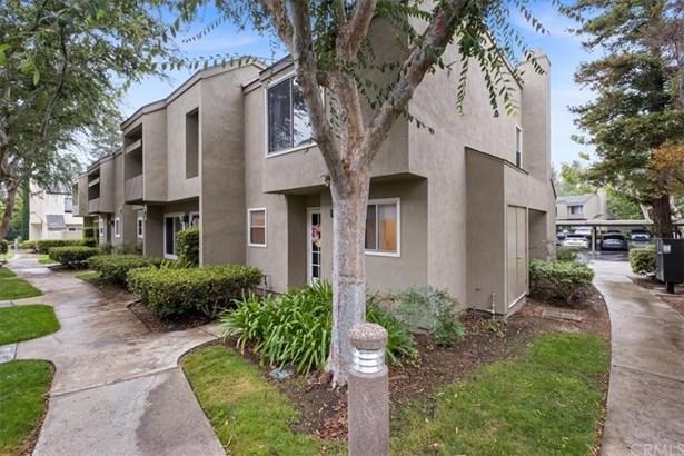 Condominium - Orange, CA